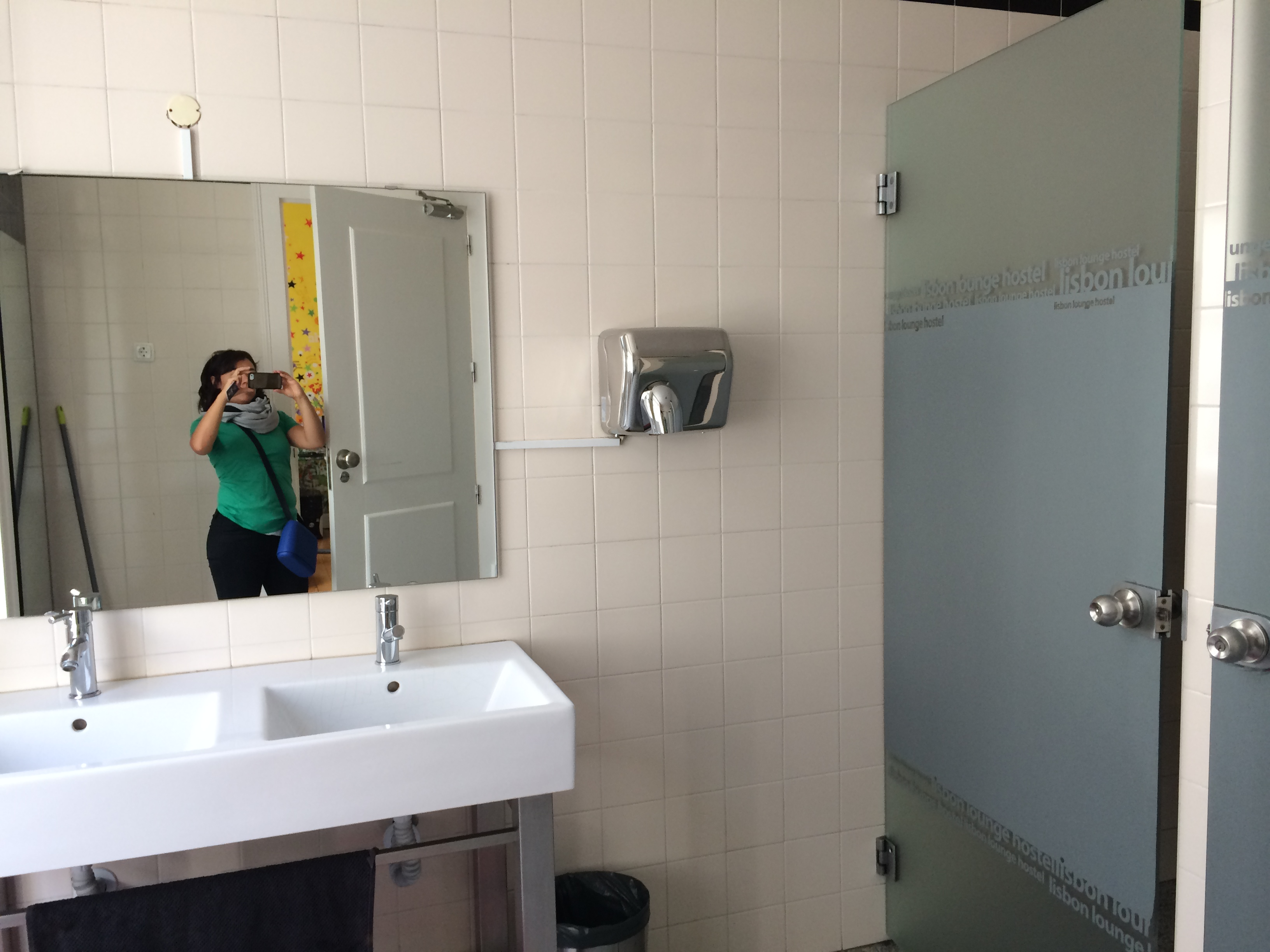 bathroom selfie gone bad